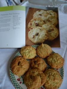 Pistachio nut cookies 600
