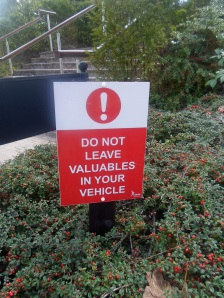 Do Not Leave Valuables 1